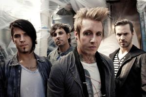 Papa Roach med res press shot Oct 2012_LR